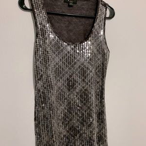 Brown purple tank with sequence